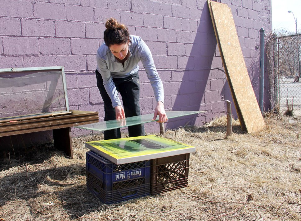 Carhartt DIY solar screen printing