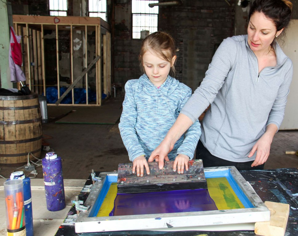 Carhartt DIY solar screen printing