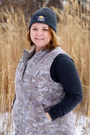 Carhartt Women's Mock Neck Sandstone Vest 5 Ways / Crafted in Carhartt