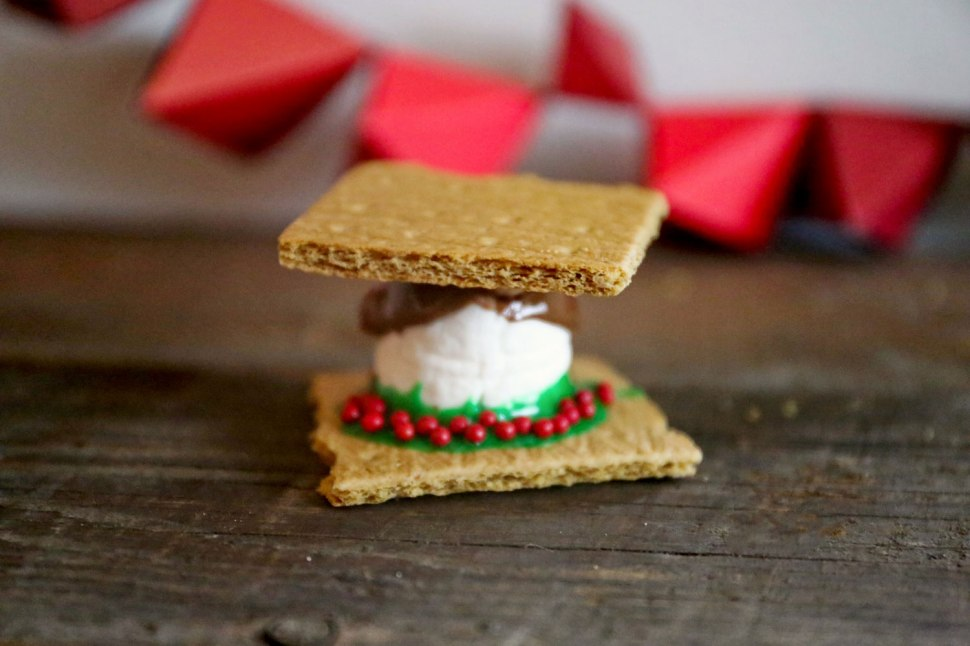 DIY Christmas Marshmallows / Crafted in Carhartt