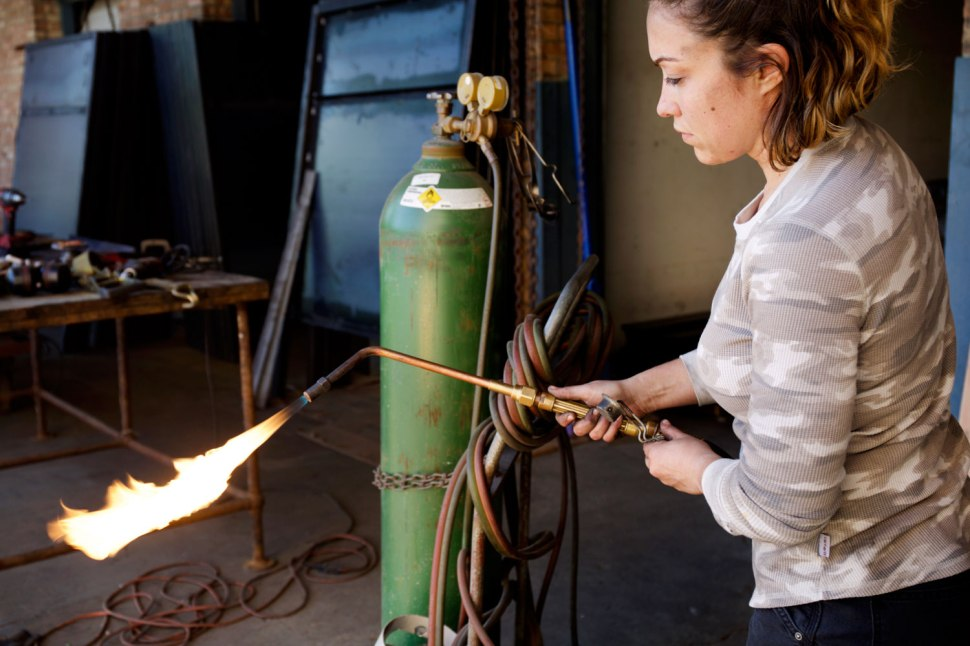 Welder Jen Mosier / Crafted in Carhartt
